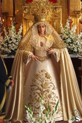 Galer a besamanos a la virgen de la merced de pasi n - Persianas lavirgen cordoba ...