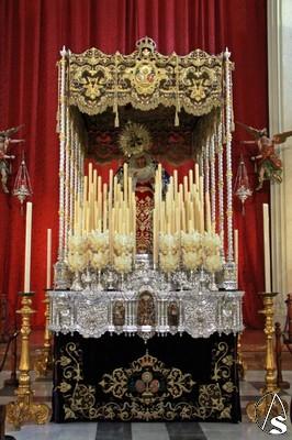 La Virgen De Las Angustias Ya Luce En Su Paso De Palio