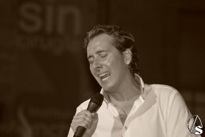 Provincia hoy concierto lvaro carrillo en la velada de for Concierto hoy en santiago