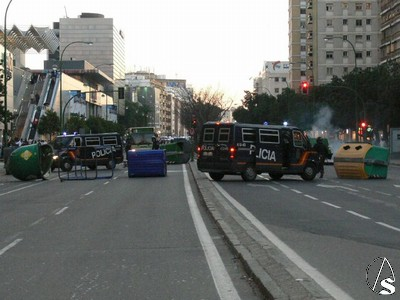 Mouvement en Espagne - Page 4 Incidentes%20Luis%20Morales%2007%20Alberto11
