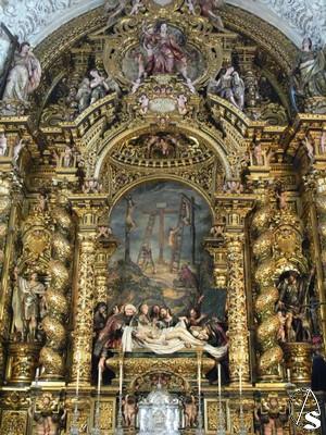 Imágenes del recién restaurado Altar Mayor de la iglesia de la Caridad