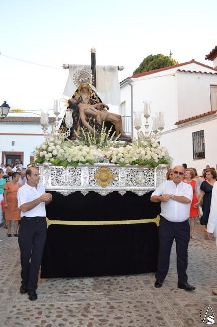 Resultado de imagen de Procesión de la Virgen de las Angustias. Alanís de la Sierra